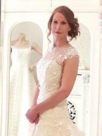 Visagie en haarstyling Sandra van Uffelen, design jurk Pearl Dronkers