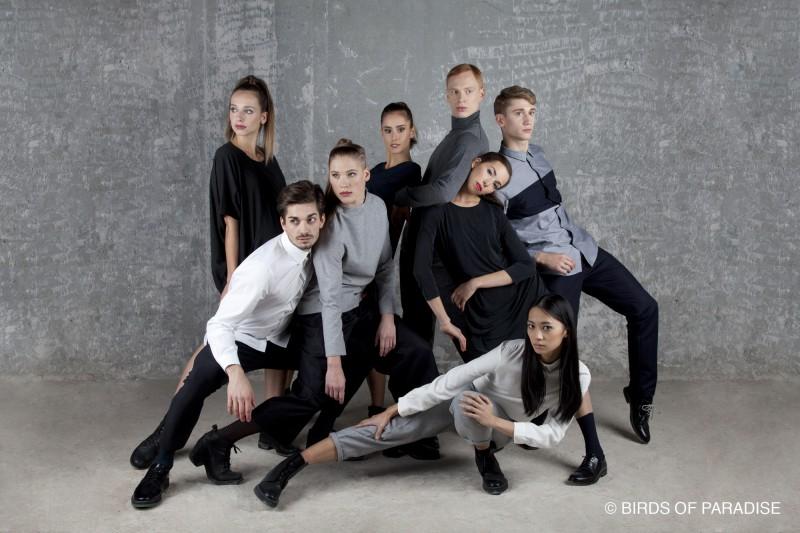 """Modellen / dansers van """"Birds of Paradise"""