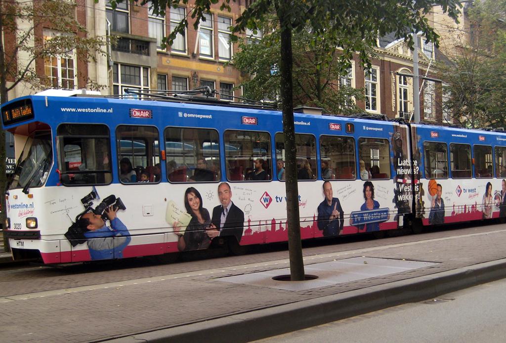 Visagie voor de RTV WEST tram Den Haag
